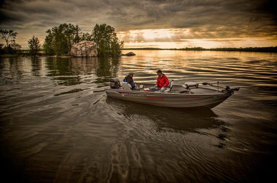 Lake Vermillion Minnesota fishermen in Alumacraft boat
