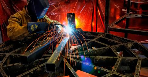 Welder Makes OEM Equipment in Factory