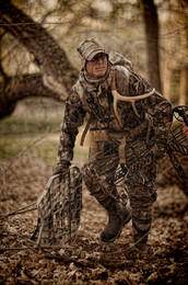 Bowhunter looks for site for whitetail deer