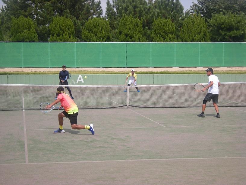 2017個人戦10_撮影:明石市テニス協会