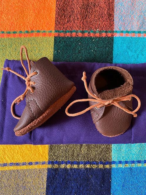 Crib Monkey Boots - brown