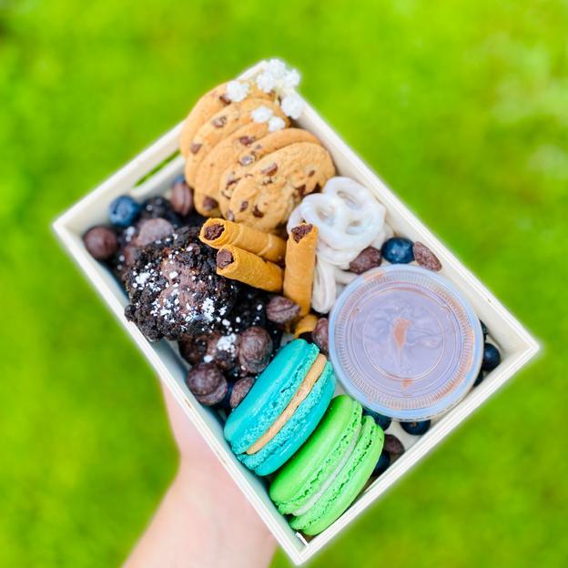 Mini Add On Dessert Board