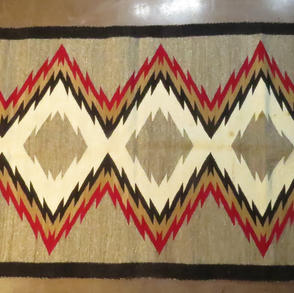 048	Eye Dazzler Runner	center design, 62 x 32