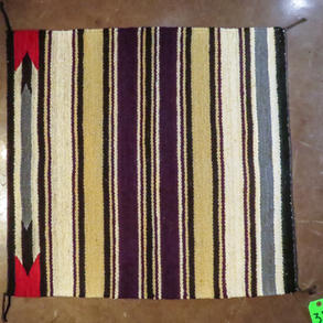 037 Single saddle blanket, 30 x 31