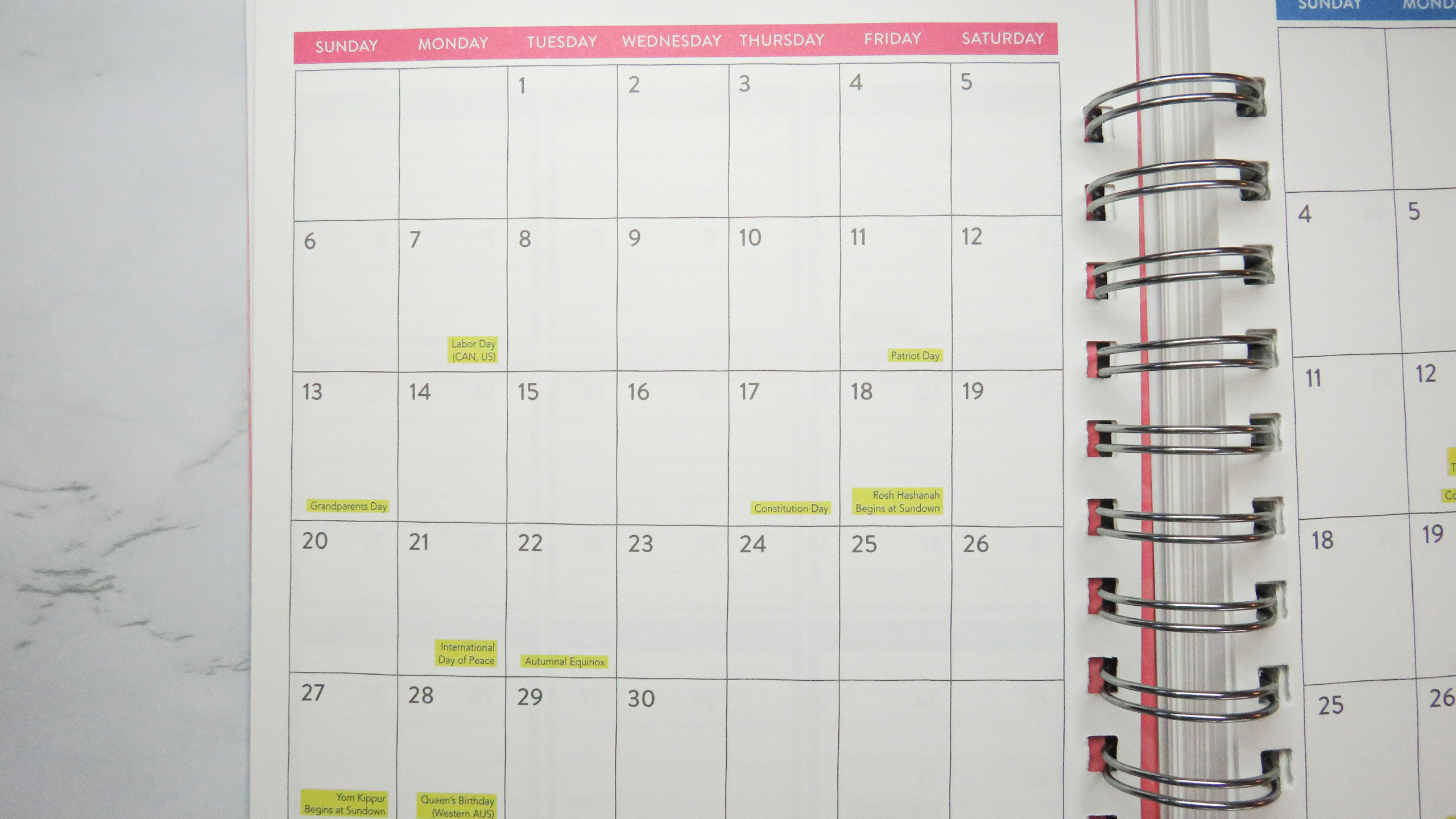 Monthly calendar view in the Do It All Weekly Planner