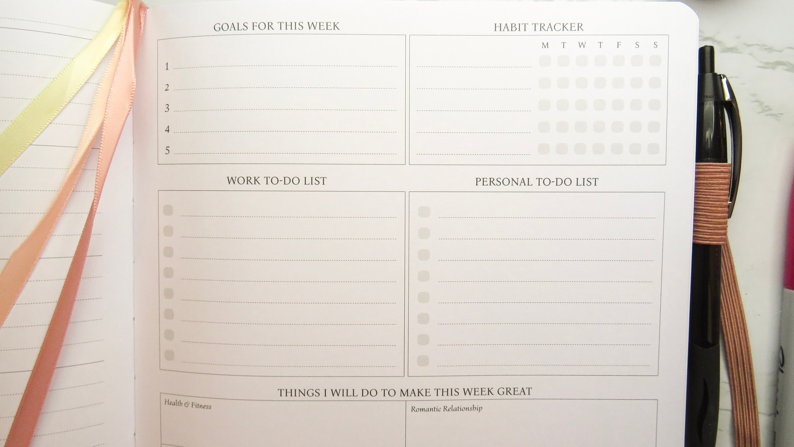 Close up of weekly review page in the Legend Planner PRO