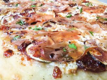 Fig & Prosciutto Pizzette