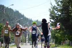 Fun Run finishers greeted by Ileana