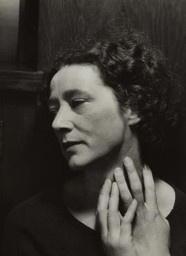1933 Alma Lavenson