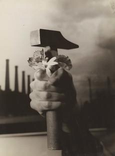 1940 Laure Albin Guillot