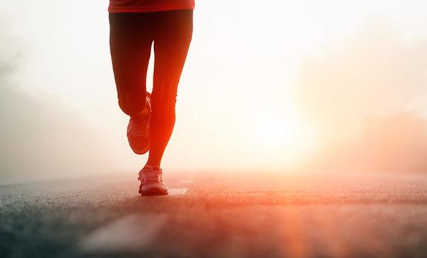 Pernas mulher correndo
