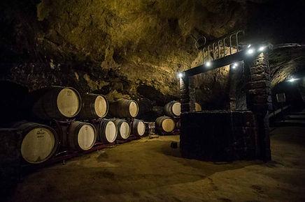 Grotta etrusca.jpg