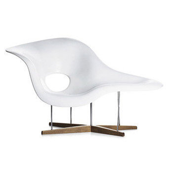 Lounge Chair: LC23