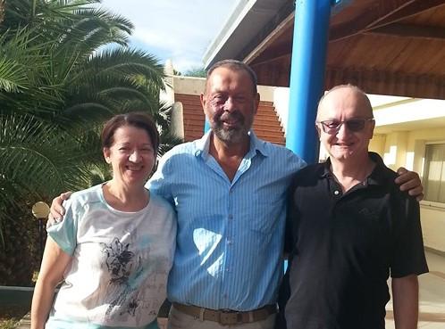 Dr. Jörg Vogel (Mitte), mein Mann und ich