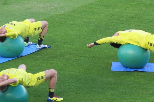 O papel do Pilates na prevenção de lesões em jogadores de futebol