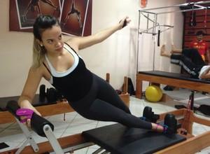 Após lesão, atleta troca arte marcial por Pilates em busca de fortalecimento