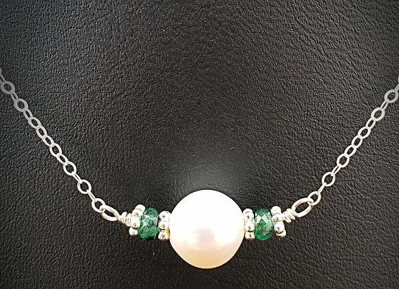 Belle Verde: Emeralds and Pearls