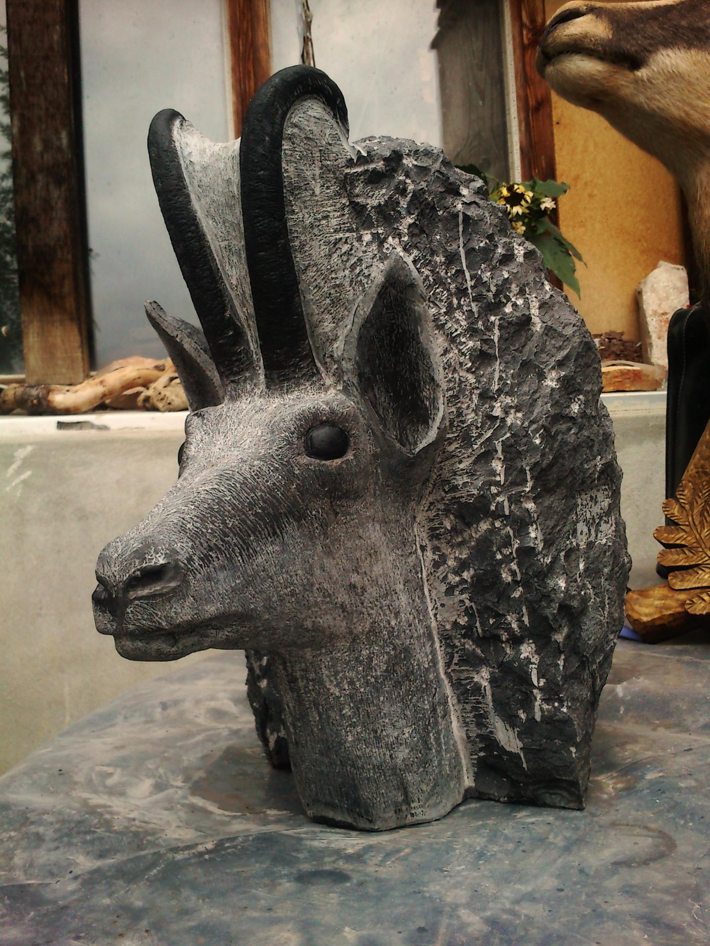 Sculpture tête de chamois