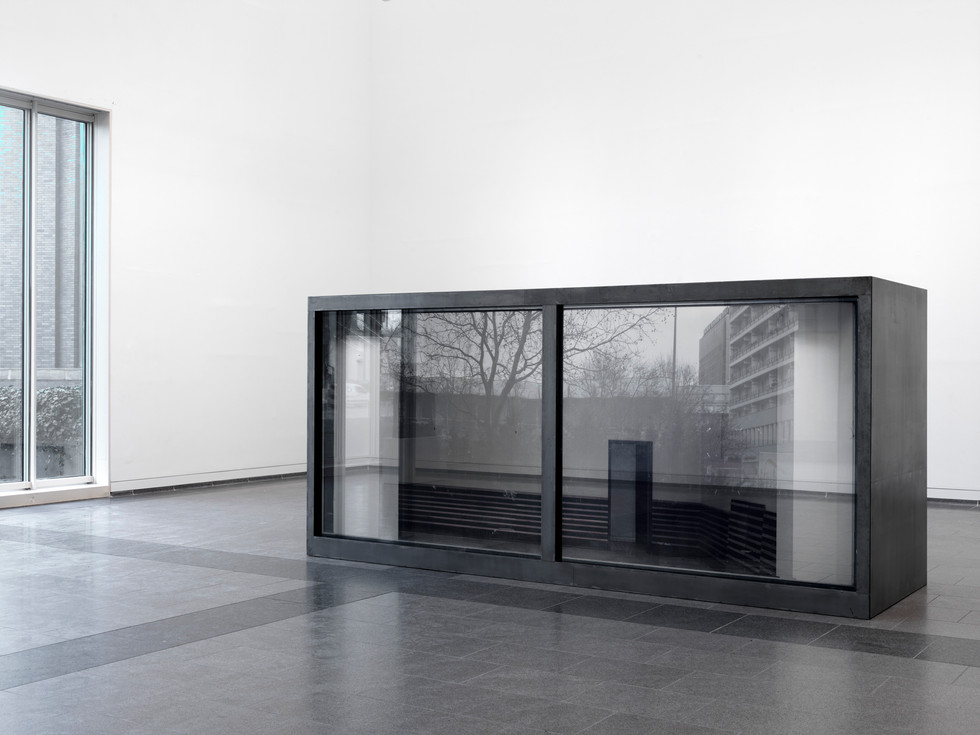 Fresh Widow Kunstsammlung NRW K20 © Thomas Stadler