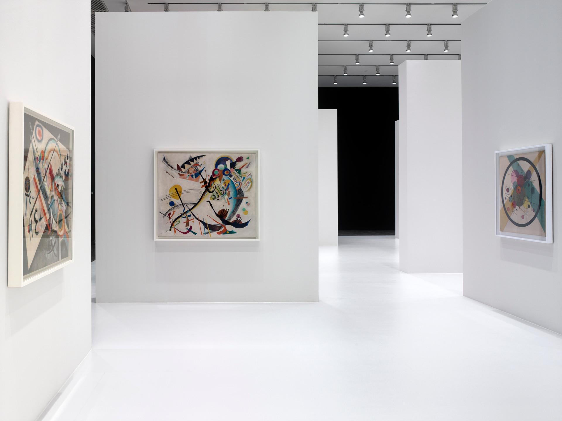 Kandinsky Mondrian Malewitsch, Der weiße Abgrund Unendlichkeit © Thomas Stadler