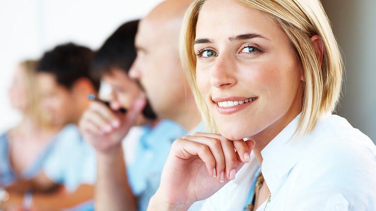 mit openr öffnen Mitarbeiter Tickets und Cases in beliebige Geschäftsanwendungen direkt aus Outlook