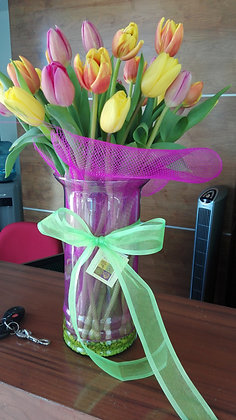 florero tulipanes