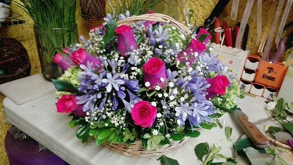 agapandos con rosas