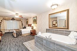Venetian Room with Hot Tub