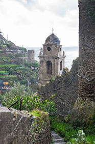 Corniglia hiking trai, Cinque Terre, Italy.