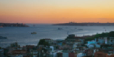 Photograph of a sunset over the city of Istanbul , Turkey.