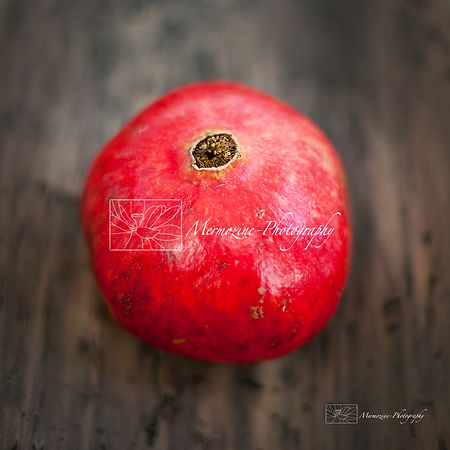 Food photography: Pomegranate.