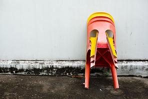 Minimalism-chairs-Singapore