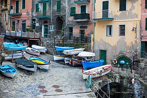Photograph of the harbour of Riomaggire, Cinque terre, Italy.