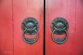 Photographs of Singapore: Chinatown (Red Door)