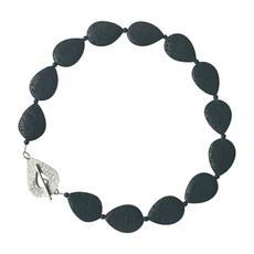 Feature clasp teardrop necklace