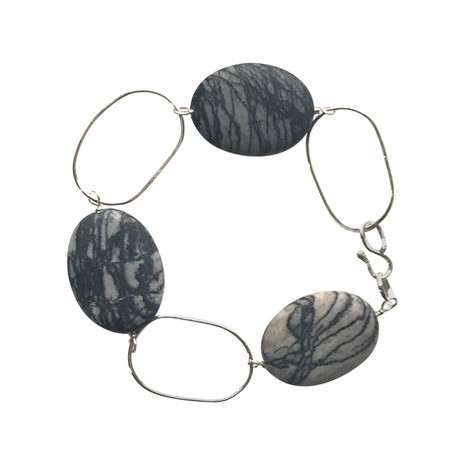 Oval chain link bracelet.JPG