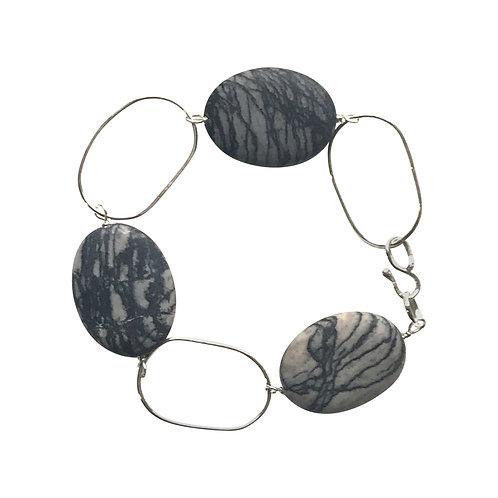Oval chain link bracelet