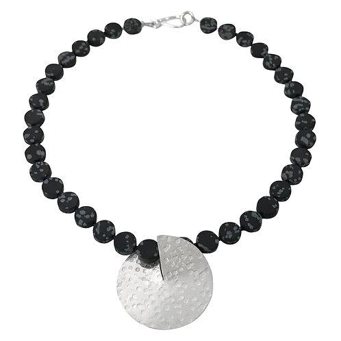Flip necklace