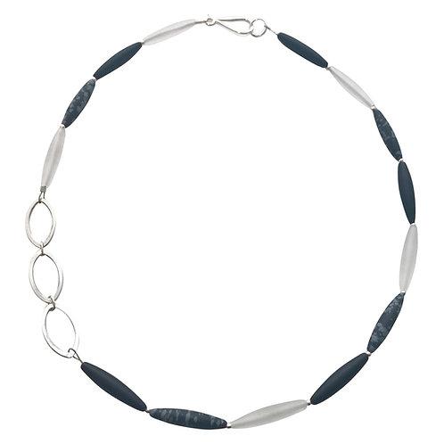 Olivine Linked necklace