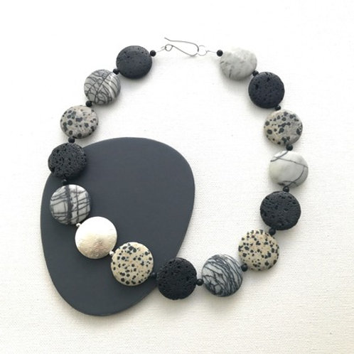 Coin necklace - Lava