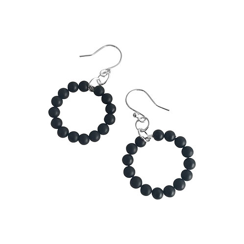 Interlinked loop earrings