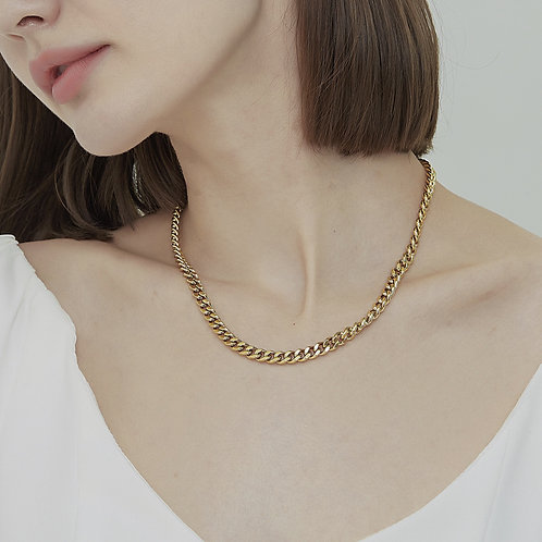 The Chunky Round Curb Chain Necklace