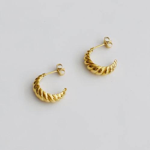 The Petite Croissant Earrings