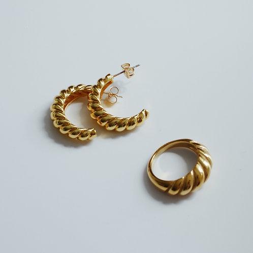 The Gold Croissant Hoop Earrings