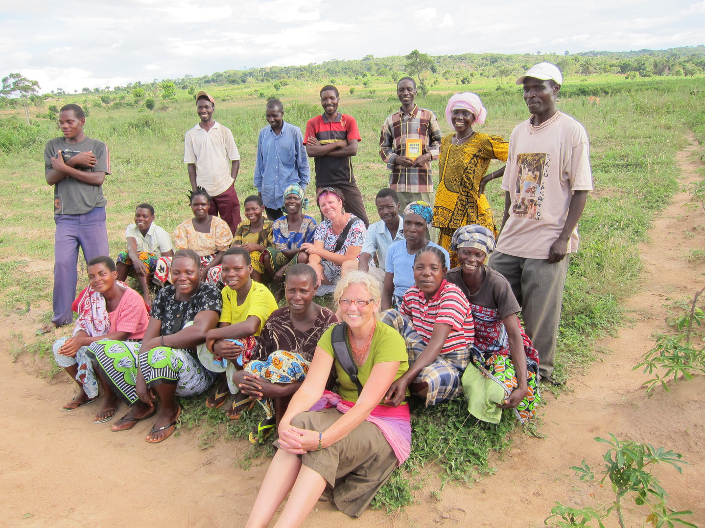 Cathy and Eliza with farmers in Ukerewe