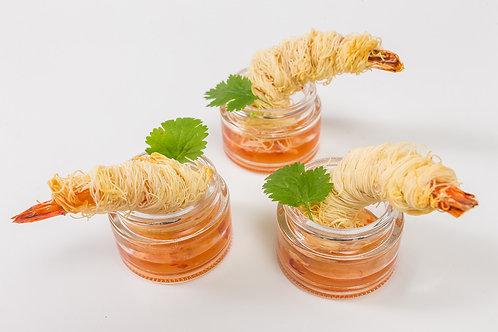 Тигровая креветка в пшеничной нити Катаифи с имбирным соусом, 35 гр.