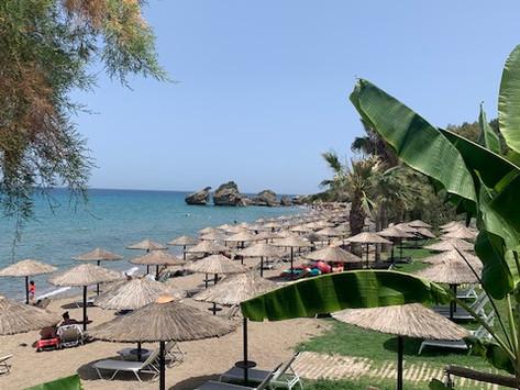 Zákintosz vagy Balaton? Egy hét vakáció: itthon vagy külföldön olcsóbb?