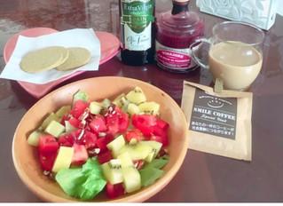 今日の朝食:みんな、野菜 とってる?