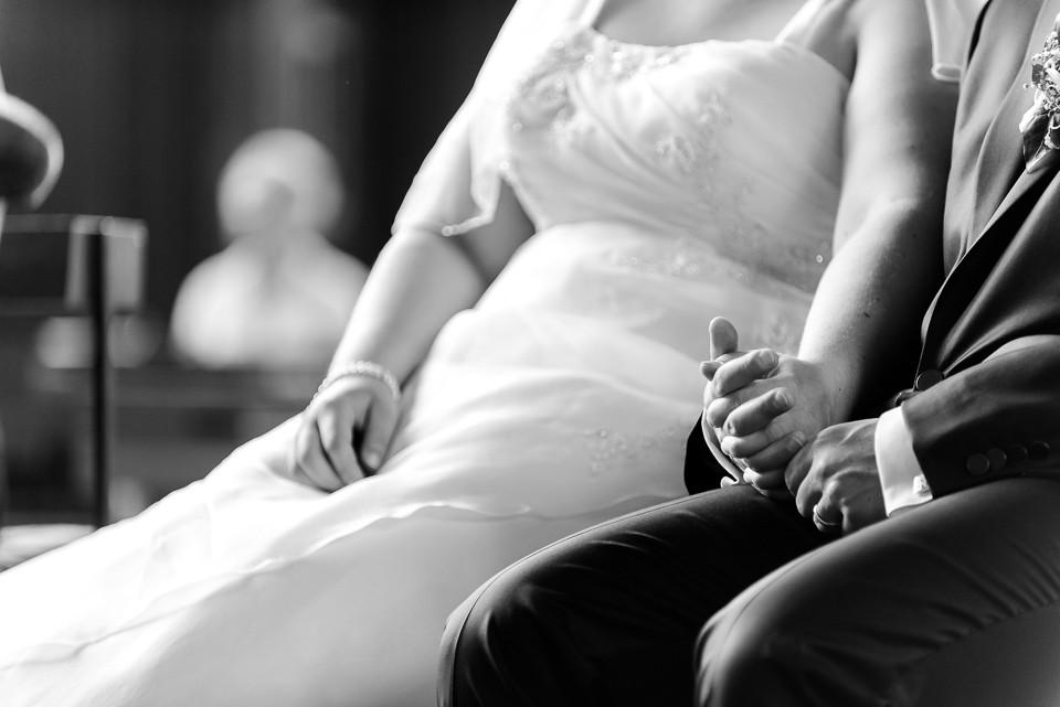 Hochzeitsfotograf_Roger_Rachel_2015_Schwetzingen-Schlosspark-fröhlich-ungestellt_Hochzeitsfotos_natuerlich_froehlich_ungestellt_25.jpg