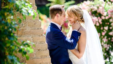 Cornelia und Christopher feiern Hochzeit auf der Burg Crass in Eltville